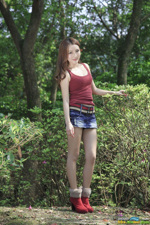 台湾女神Syuan赵芸《至善園》外拍写真集