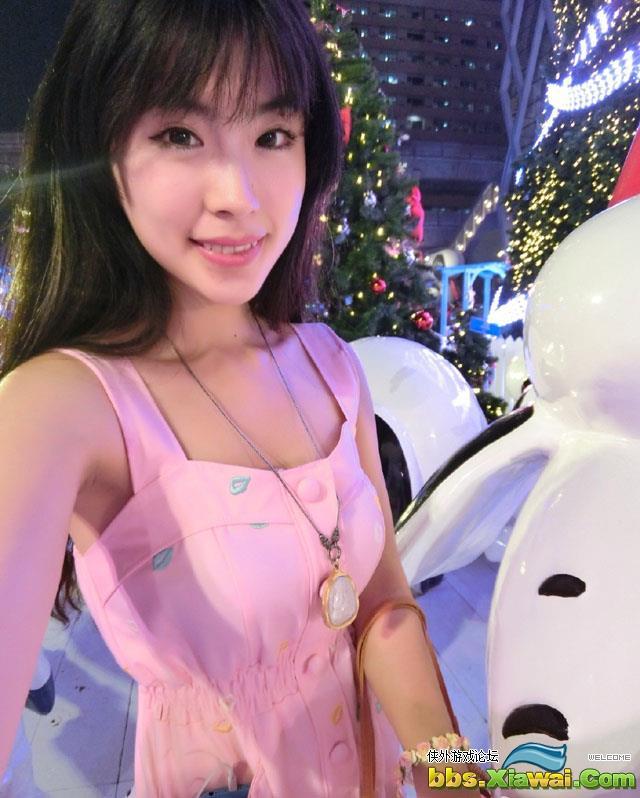 美女模特刘雪妮粉嫩自拍照