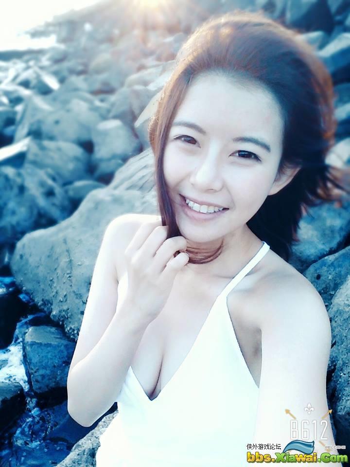 台湾美女林妤臻私房自拍照身材丰满迷人