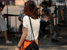 抓拍上海街头美丽的背影。